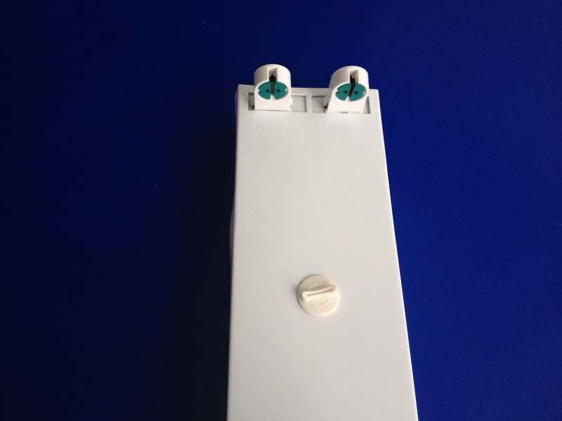 led日光灯支架 t5双管支架 t5双支铁质平盖支架
