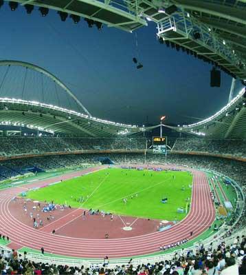 正文    从奥林匹亚山上的熊熊火炬,到今天运动场内的现代化照明系统